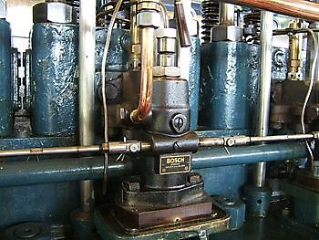 Een van de acht brandstofpompen Museumgemaal Cremer Termuntenzijl